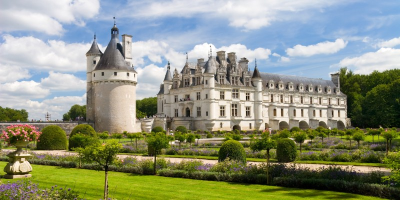 Chenonceaux castle in France